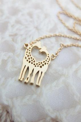 Gold Giraffe Necklace Gold necklace Animal necklace Heart necklace Dainty necklace Christmas Gift mom Birthday Gift best friend Birthday
