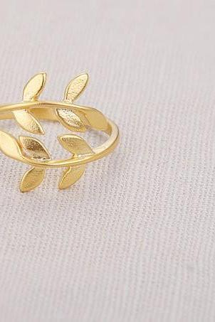 New Gold Leaf Ring Gold Ring Dainty ring Adjustable ring Gold branch ring Christmas Gift mom Birthday Gift best friend Birthday Gift sister