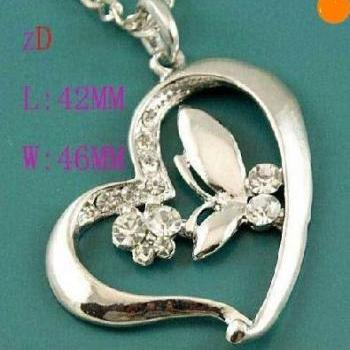 Silver Love Heart-Shaped Butterfly Crystal Pendant Necklace